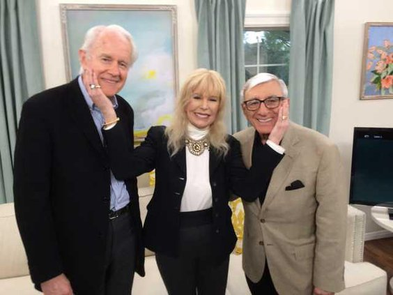 """Actress Loretta Swit says """"M*A*S*H"""" cast still 'family' 35 years after its  record-breaking finale - GREAT BEND TRIBUNE"""