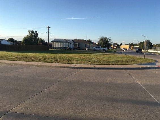 new_vlc_Hoisington vacant lot pic.jpg
