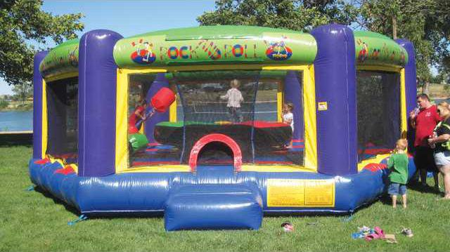 new deh city update party in the park pic