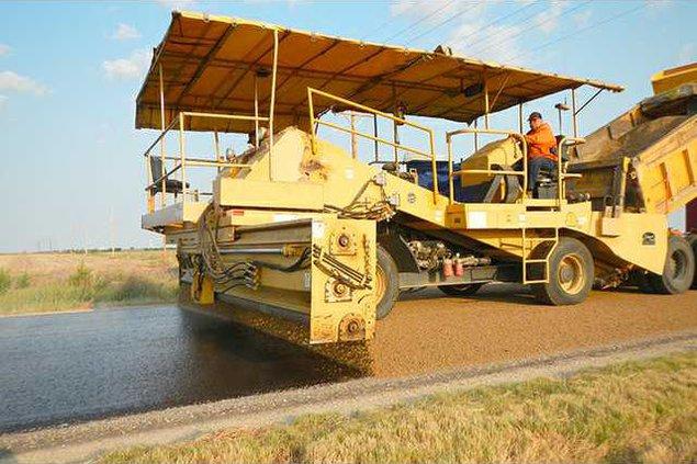 new deh road sealing work pic web