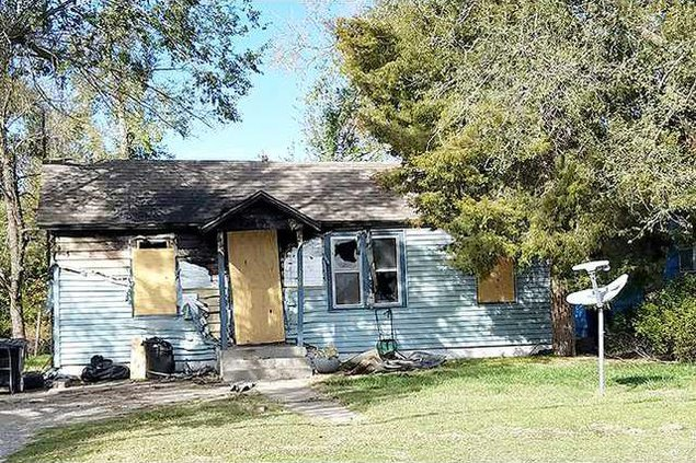 new deh zombie house main pic web