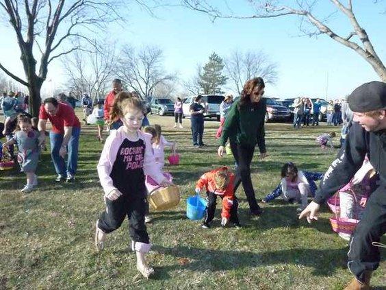 new slt eggs Kiwanis kids-running