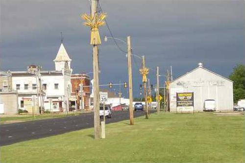 new vlc Ellinwood city council precede pic