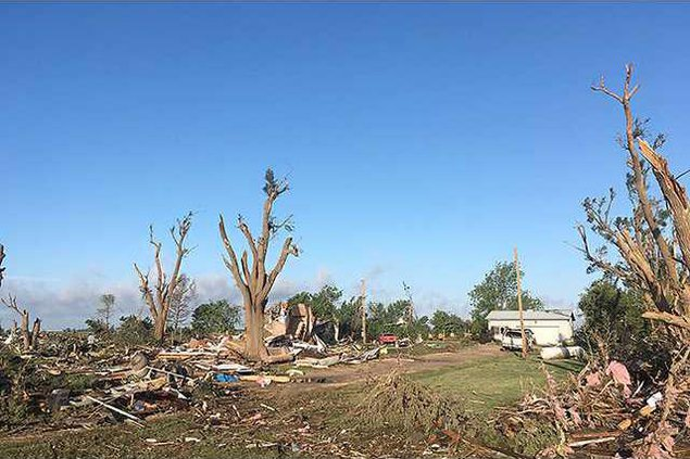 new deh weather week tornado pic web