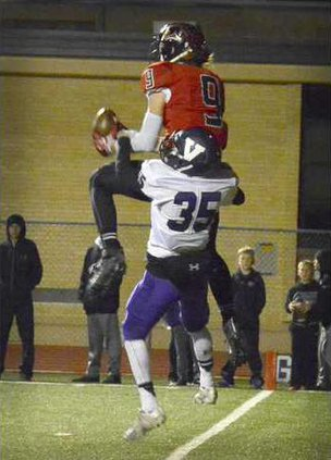 spt deh gbhs fball smith catch