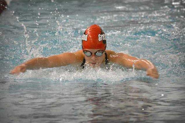 spt deh gbhs girls swim medley relay