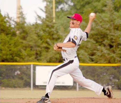 spt mm Nick Ney pitching