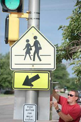 new Deh school zone signal pic