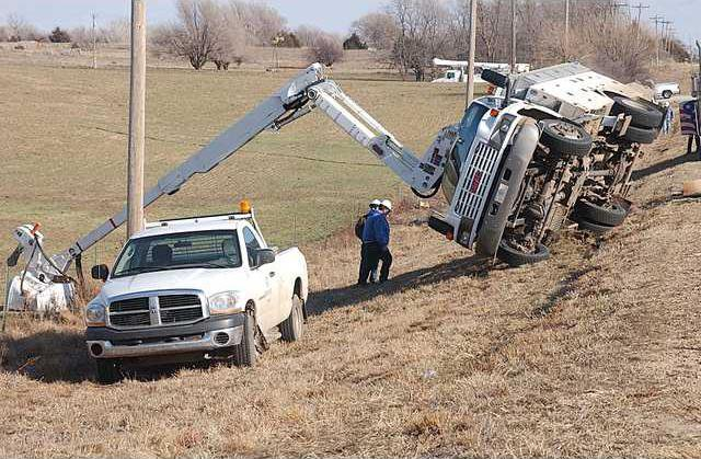 new deh bucket truck main pic