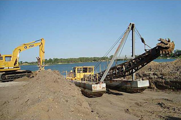new deh county commission dredge pic web