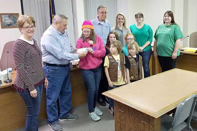 new deh county commission girl scout pic web