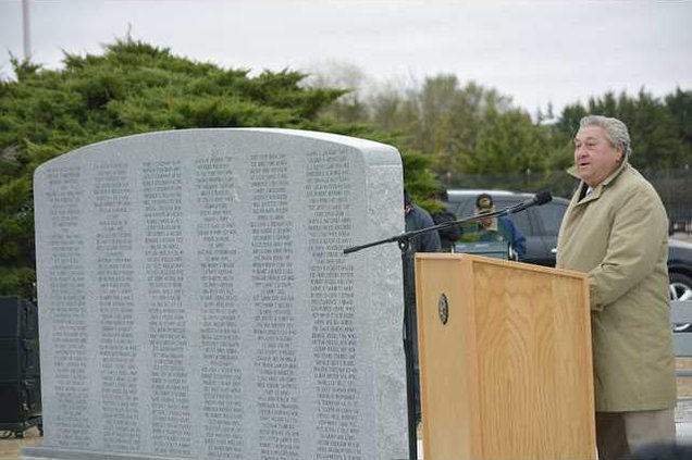 new deh county commission vet memorial pic