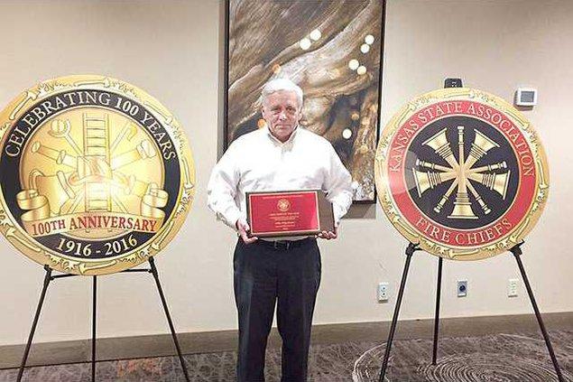 new deh fire chief napolitano retires pic web
