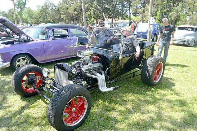 new deh mopar car show precede pic web
