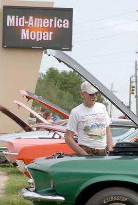 new deh mopar carshow pic