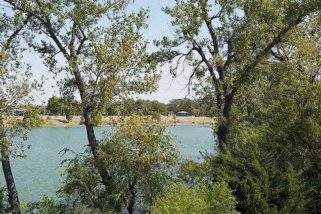 new deh vets lake pic web