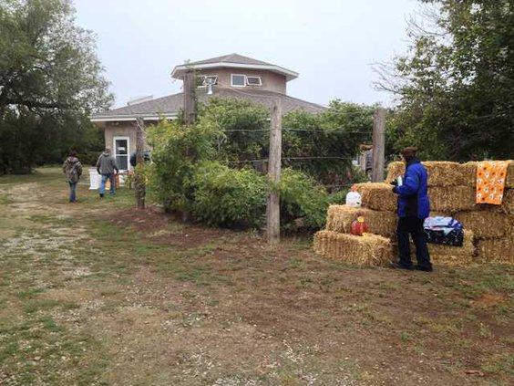new vlc heartland farm haybale building