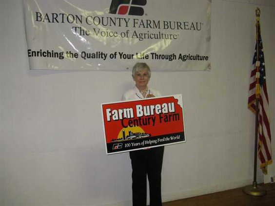 agri lgp farmbureaumeetingschickpic3