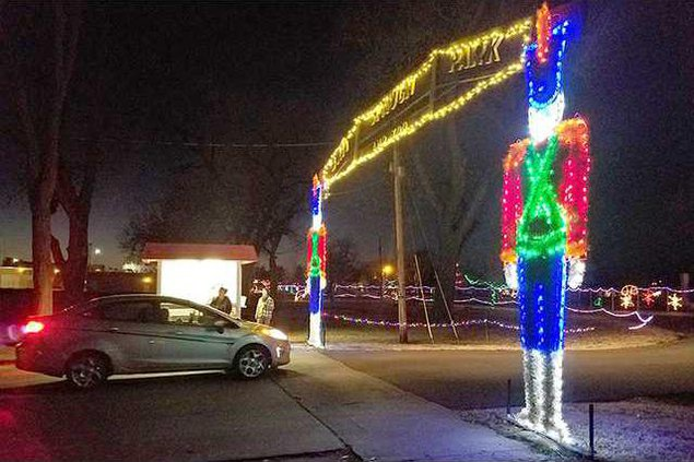 new Deh christmas lights wrap up pic web