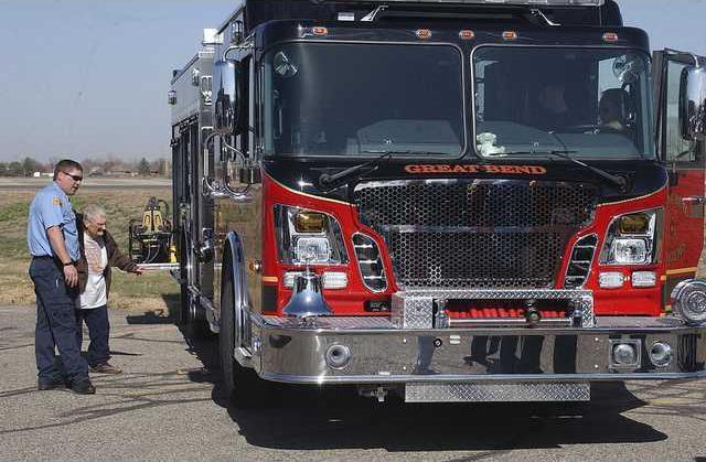 new deh new fire trucks main  pic 0289