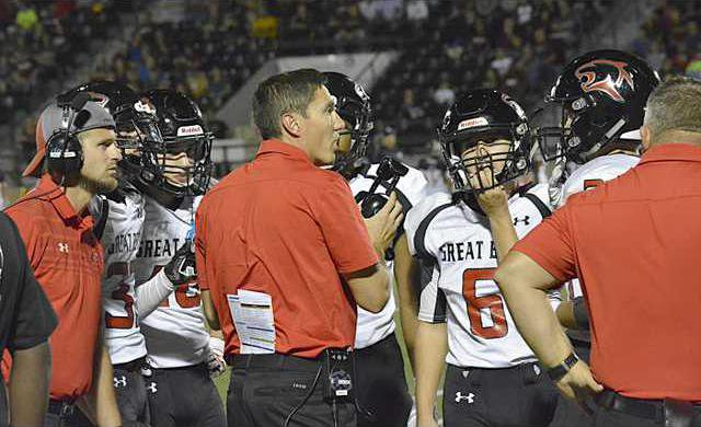 spt deh gbhs fb v hays coach with team