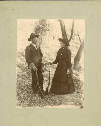 Man and Woman Hunting Felke Coll
