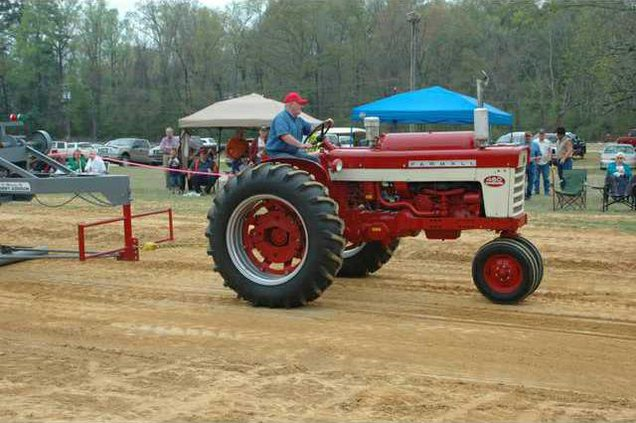 new kl  tractor pull