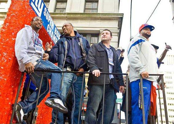 spt ap Giants Parade 2