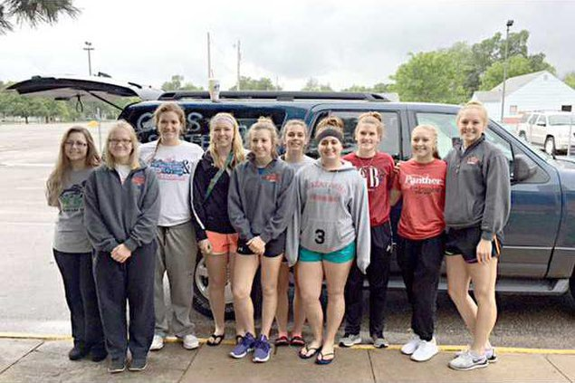 spt deh gbhs swimmers state bound pic web