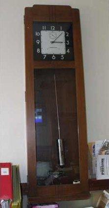 new kl clock