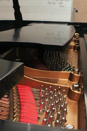 loc_slt_pianos2.jpg