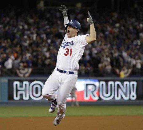 spt ap Dodgers Game 6