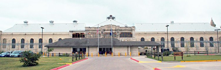 new_deh_hutch correctional facility pic.jpg