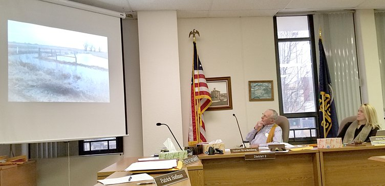 new_deh_county commission road meeting pic.jpg