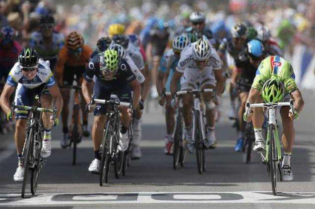 spt ap WEB Tour de France