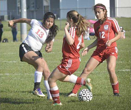 spt deh gbhs girls soccer v dodge pic 2