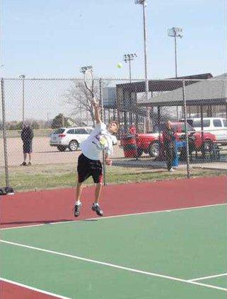 spt kp GBHS B Tennis Moyer