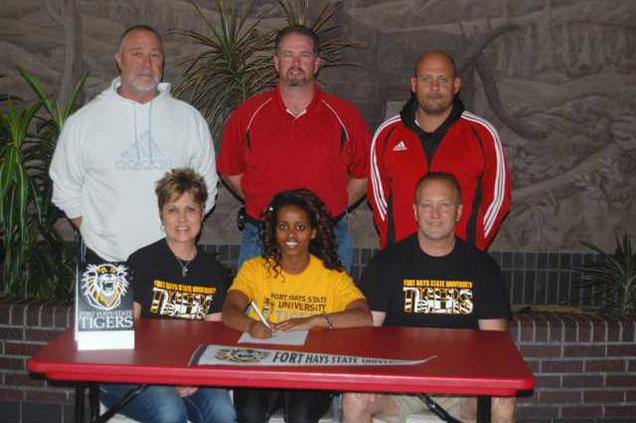 spt kp GBHS Ball signs with FHSU