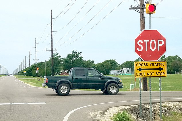 new_deh_county commission intersection pic web.jpg