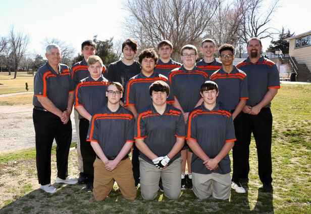 LHS Golf Team 2019.jpeg