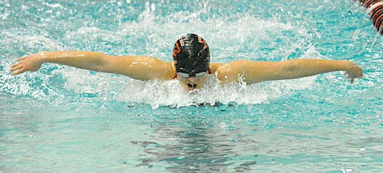 spt_deh_gbhs girls swim soupiset butterfly.jpg