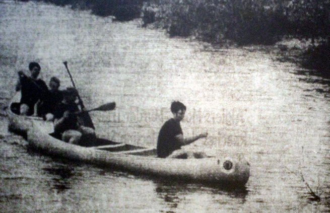 Bill McKown leading canoe practice.jpg