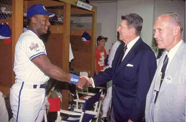 otm_vlc_ Reagan and Jackson meet.jpg