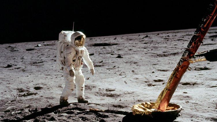 new_slt_moon landing NASA.jpg