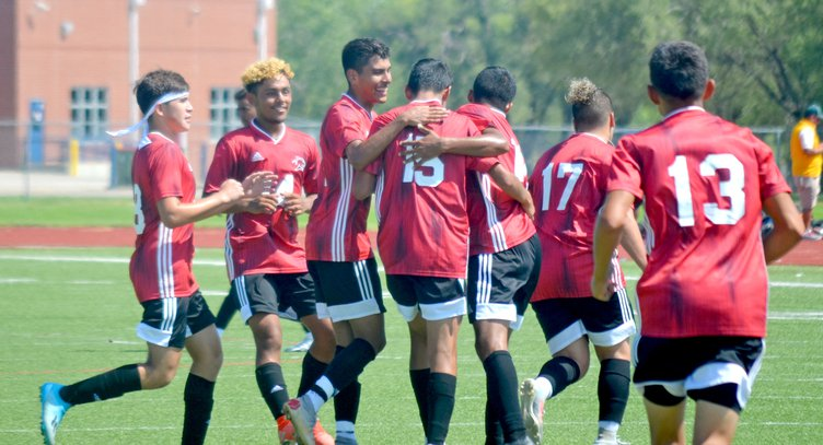 Pasos goal 2B celebrate