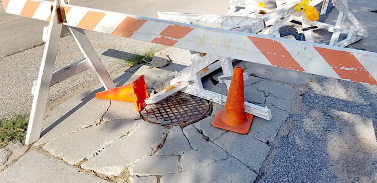 collapsed manhole