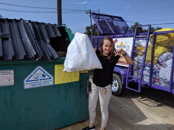 new_vlc_trash in recycling.jpg