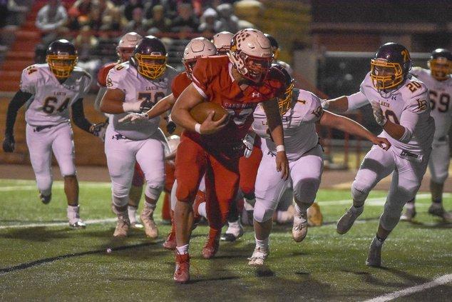 Wyatt Pedigo rushes for a touchdown.jpg