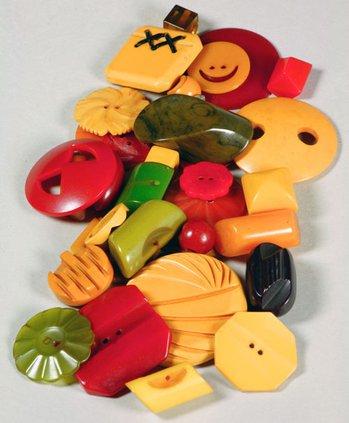 otm_vlc_bakelite buttons.jpg