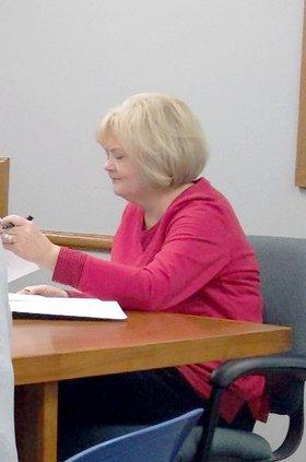 new_vlc_Hoisington clerk DC.jpg